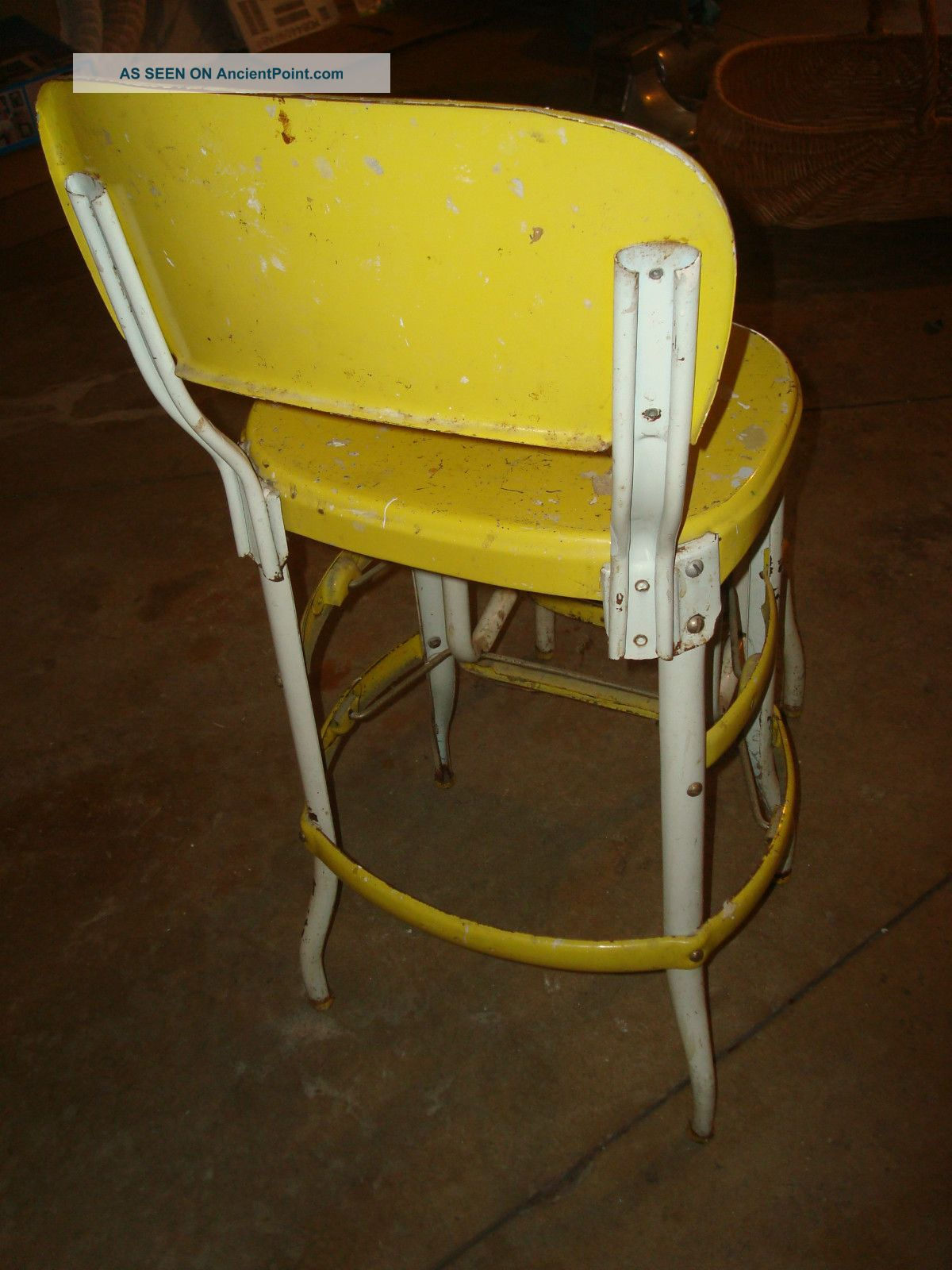 Kitchen step stool chair Photo - 3