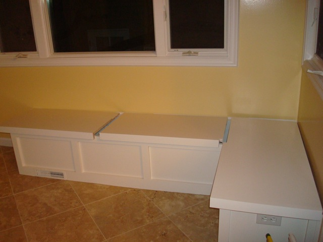 Kitchen Table With Bench Seat Photo 2 Kitchen Ideas
