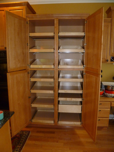 Large kitchen pantry cabinet kitchen ideas - Bathroom pantry cabinets ...