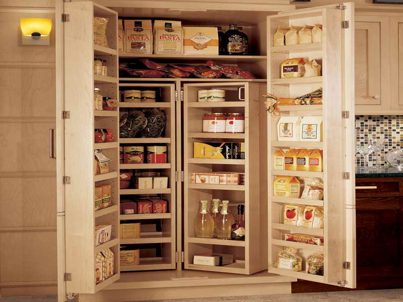 Large kitchen pantry cabinet Photo - 4