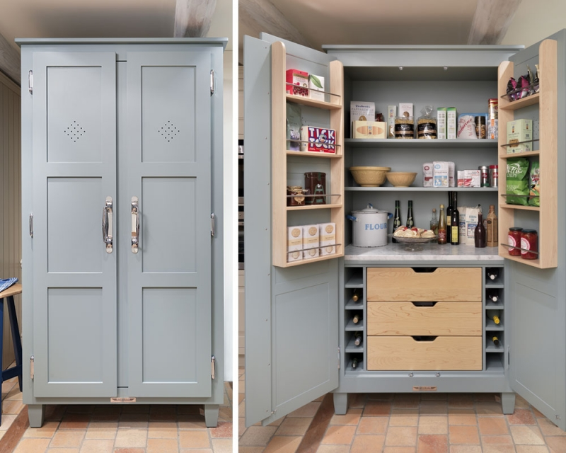 Large kitchen pantry cabinet Photo - 8