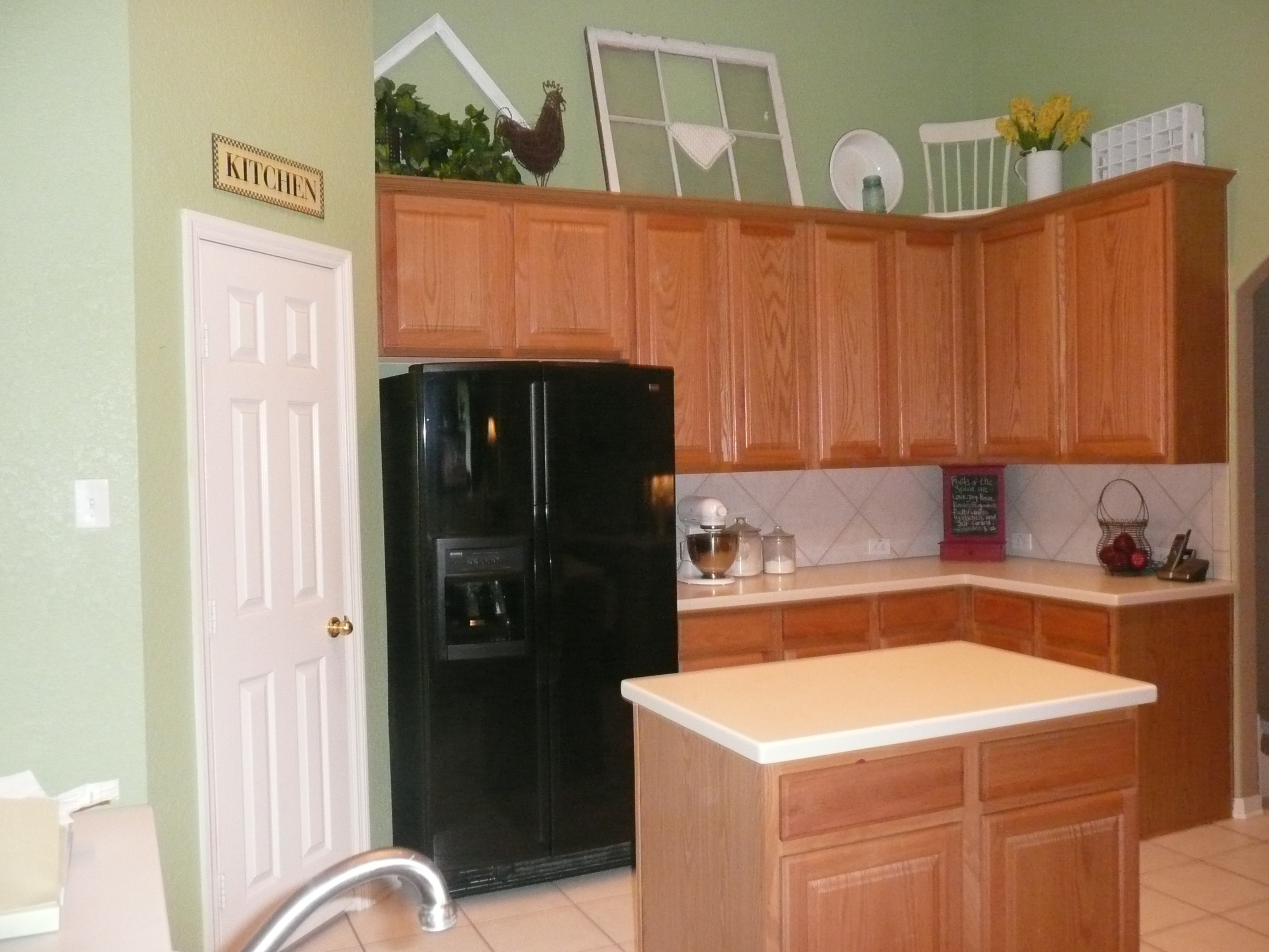 Light oak kitchen chairs Photo - 6