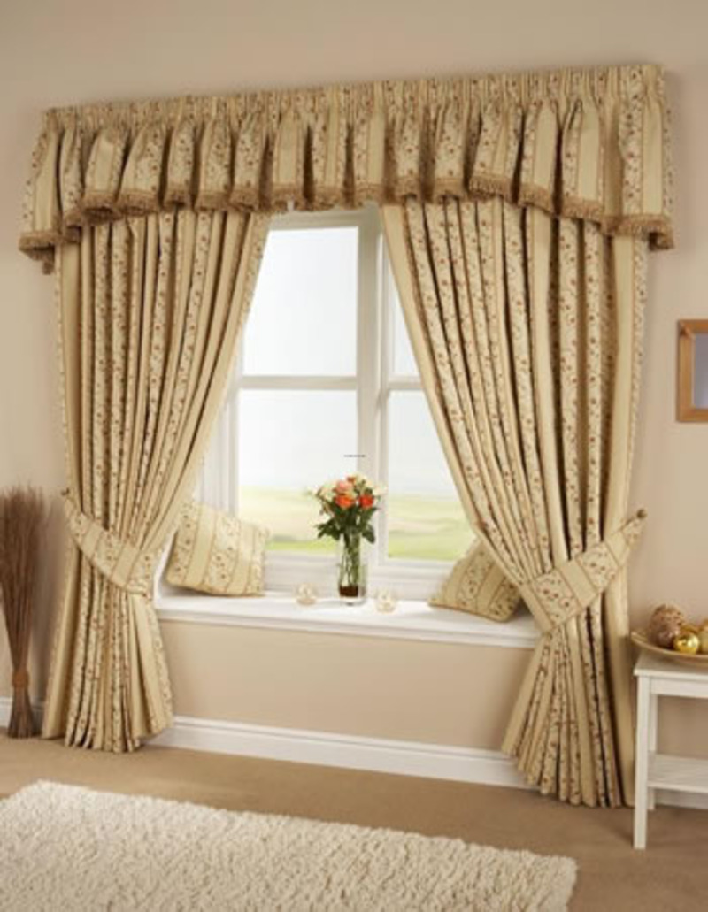 Long Curtains In Kitchen Long Kitchen Curtains Kitchen Ideas