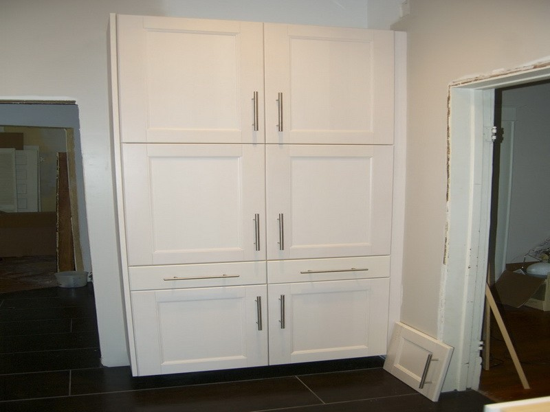 Lowes Show Kitchen Cabinets And Pantry