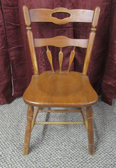 Maple kitchen chairs Photo - 2