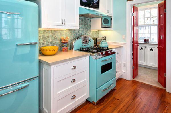 Nostalgic kitchen appliances Photo - 10