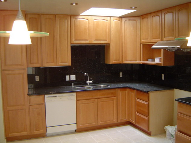 Oak kitchen pantry cabinet | Kitchen ideas