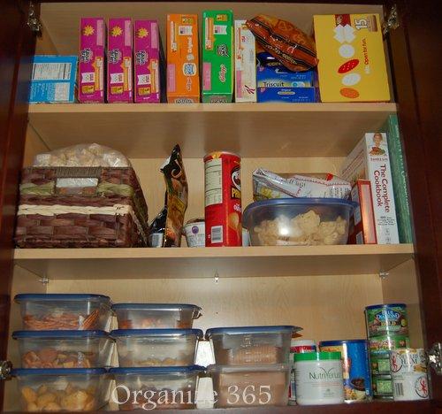 Organized kitchen cabinets Photo - 7