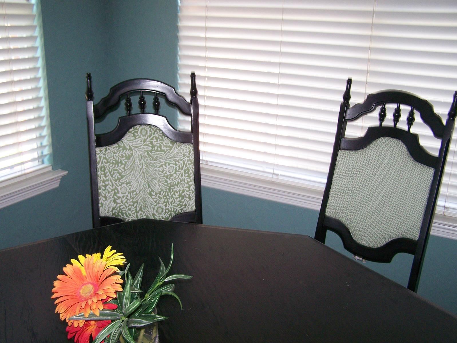 Plastic kitchen chairs Photo - 9
