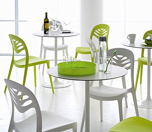 Plastic kitchen chairs Photo - 4