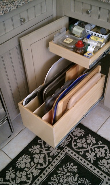 Pull out kitchen cabinet organizers Photo - 10