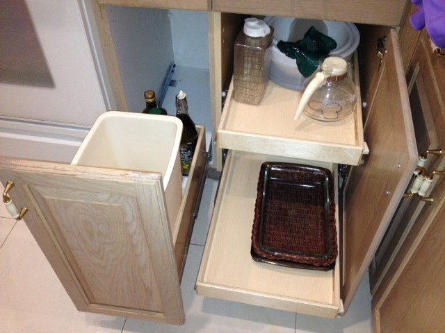 Pull out kitchen cabinet organizers Photo - 11