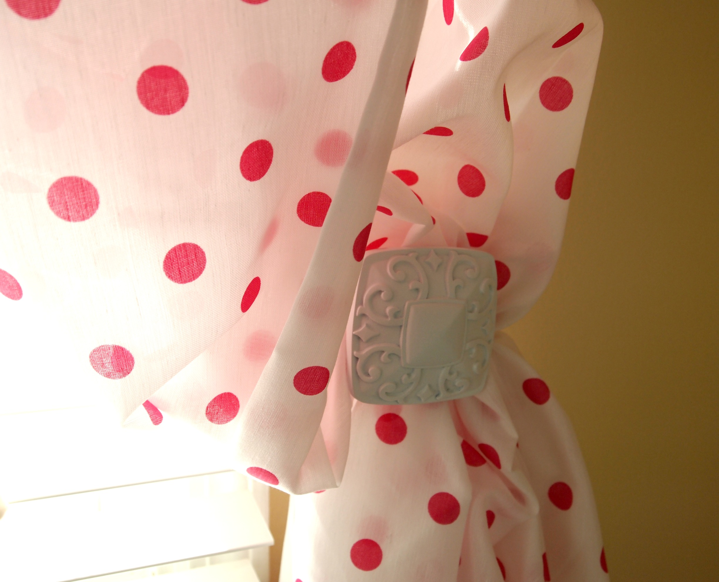 Red And White Kitchen Curtains Photo 2 Kitchen Ideas