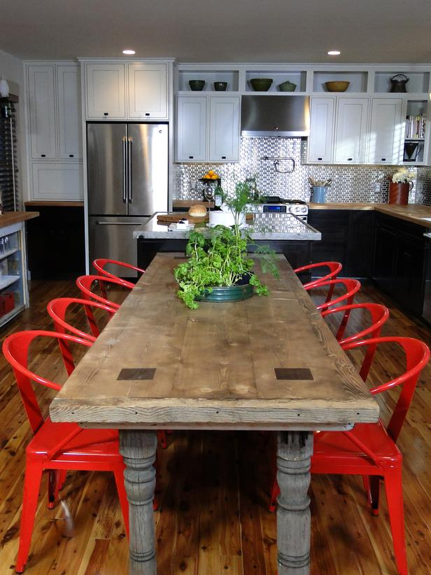 Red Kitchen Table Photo 11