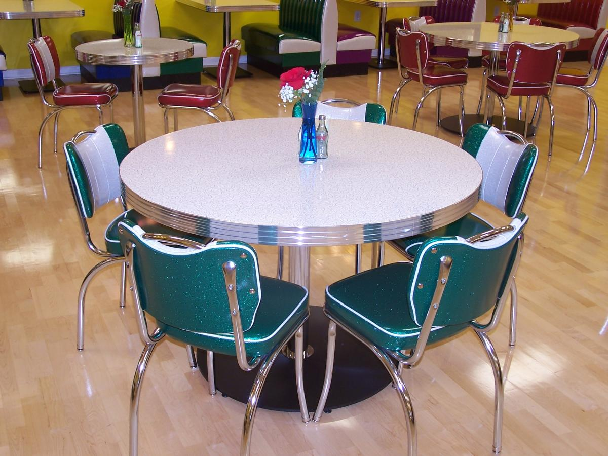 retro kitchen table and chairs | kitchen ideas