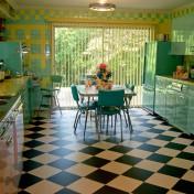 Retro red kitchen Photo - 1