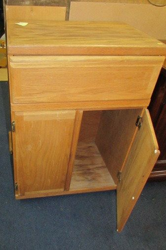 Rolling kitchen cabinet Photo - 3