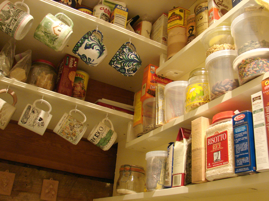 Rolling kitchen pantry Photo - 3