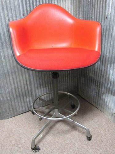 Rolling kitchen stool Photo - 10