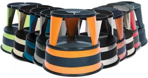 Rolling kitchen stool Photo - 1