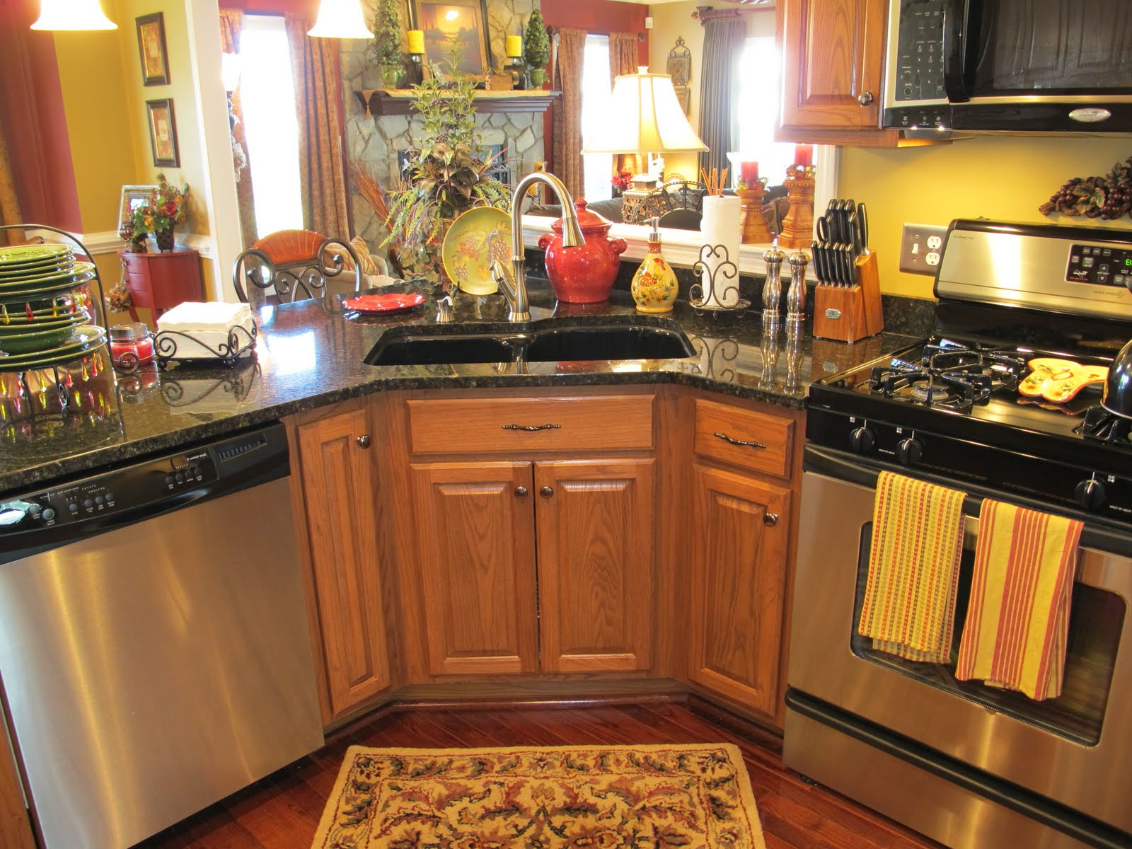 Kitchens Decorated With Sunflowers