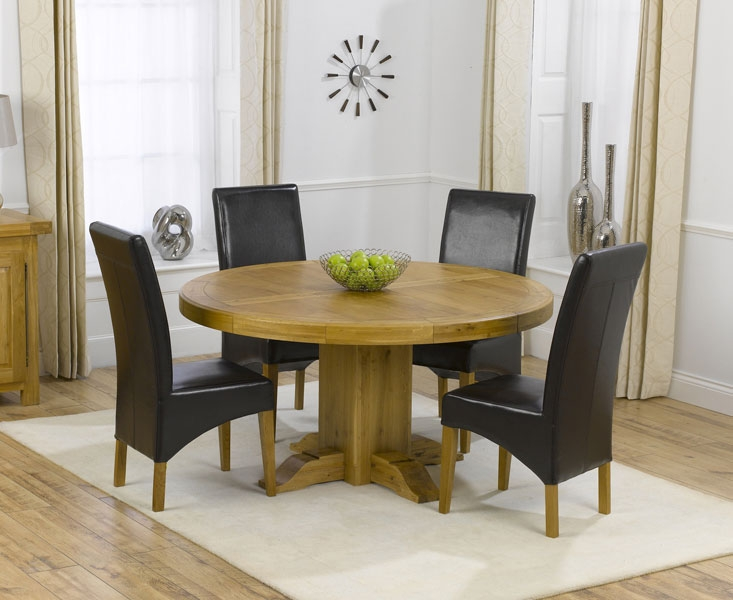 Extending Round Oak Table And Chairs Starrkingschool - Round oak kitchen table and chairs