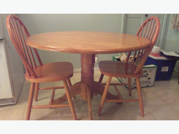 Round Oak Kitchen Tables Round oak kitchen table and chairs kitchen ideas 10 photos to round oak kitchen table and chairs workwithnaturefo