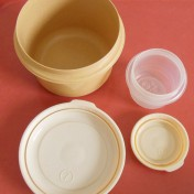 Rubbermaid kitchen storage containers Photo - 1
