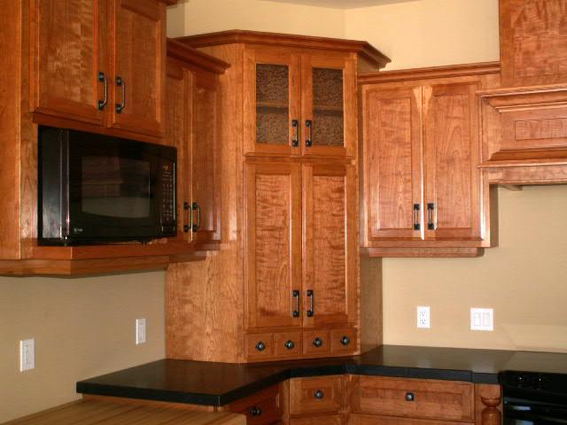 Small corner cabinet for kitchen Photo - 4
