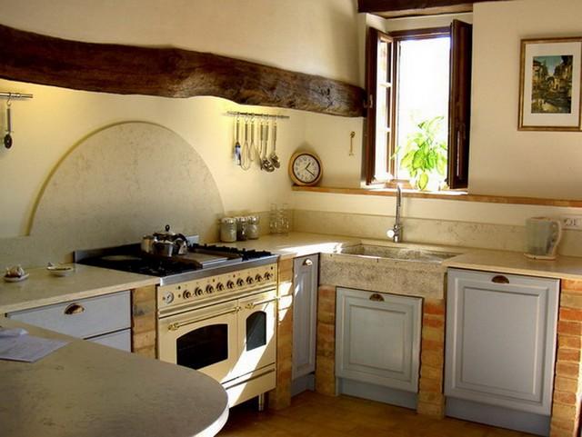 Small kitchen organization Photo - 10