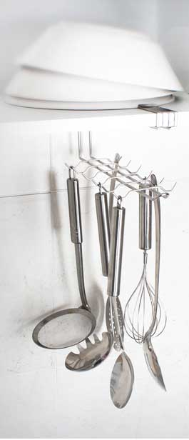 Stainless steel kitchen utensil holder Photo - 9