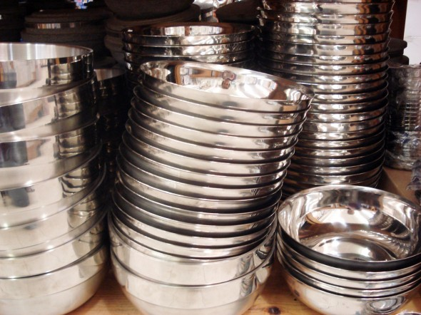 Stainless steel kitchenware Photo - 8