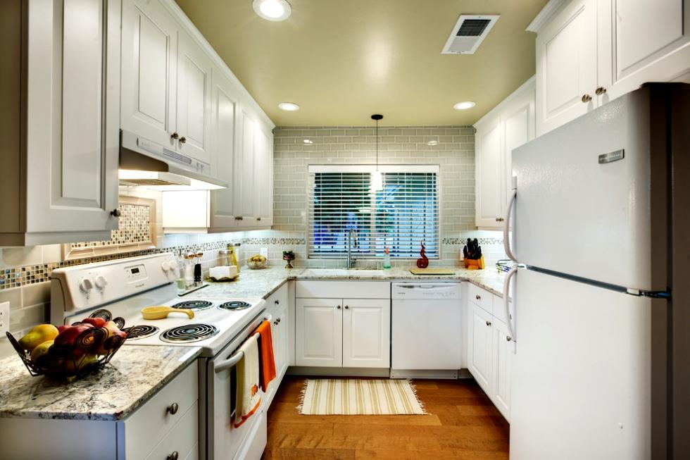 Stand alone kitchen Photo - 7