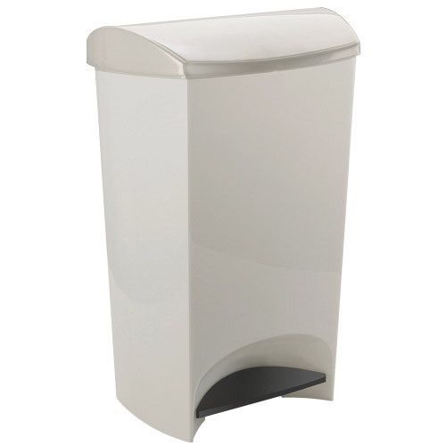 Standard kitchen trash can size Photo - 1