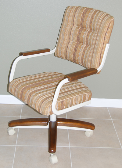 Kitchen Chairs On Wheels Swivel