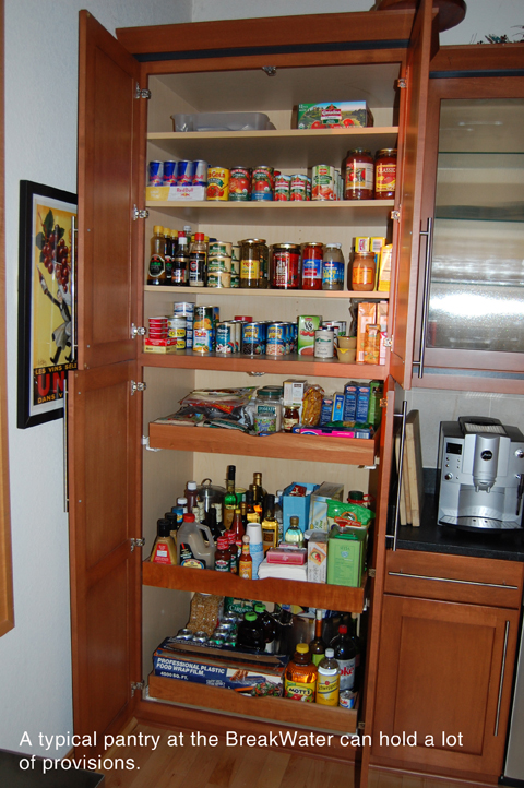 Tall kitchen pantry cabinet Photo - 4