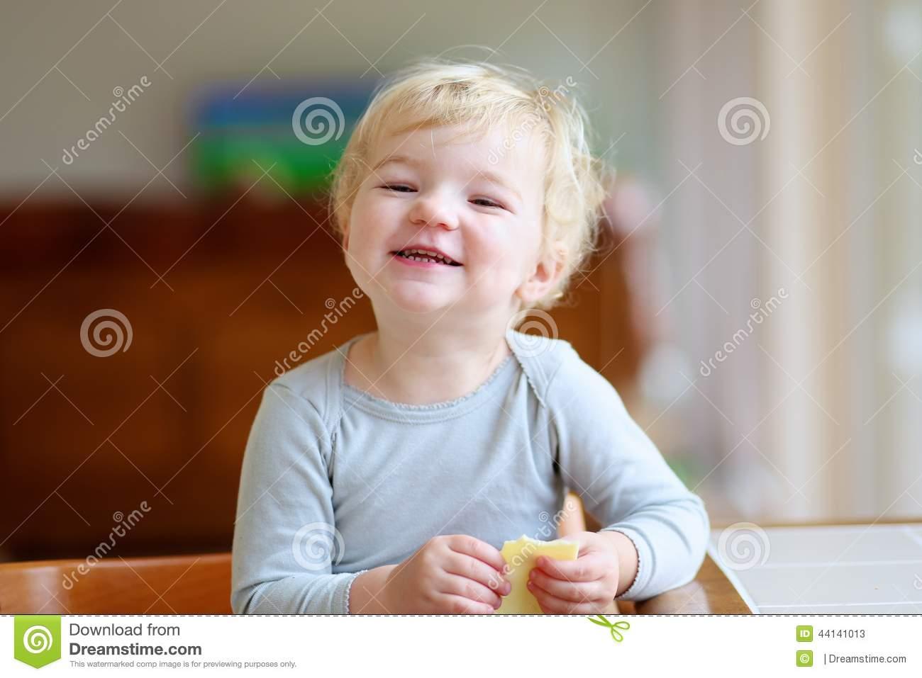 Toddler kitchen chair Photo - 1