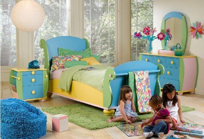 Toddler kitchen chair Photo - 4