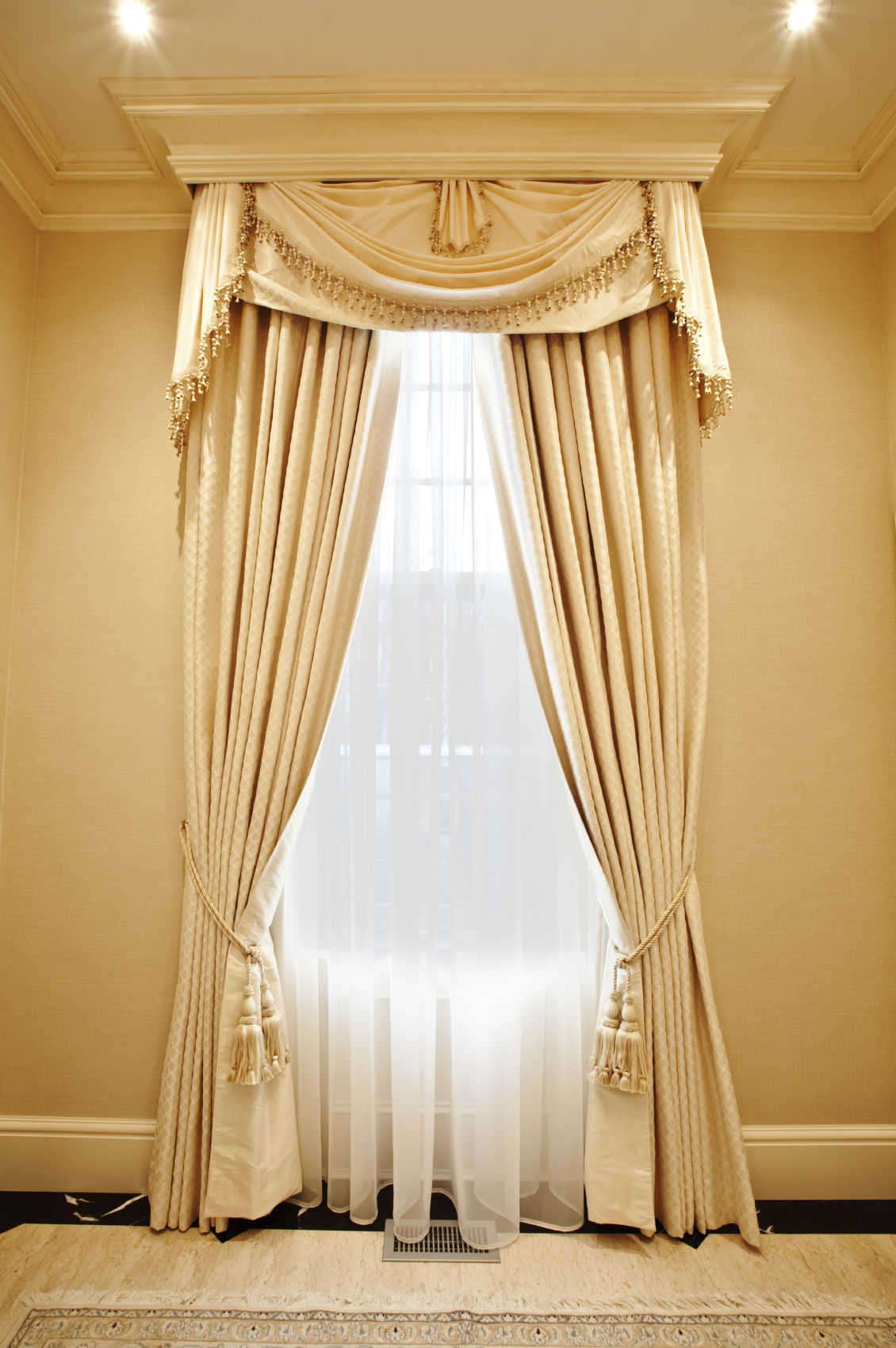 Tuscan style kitchen curtains Photo - 2