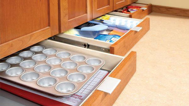Under cabinet drawers kitchen Photo - 8