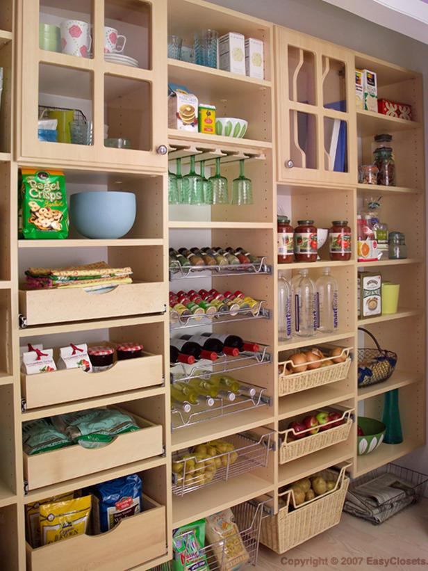 Utility kitchen pantry Photo - 6