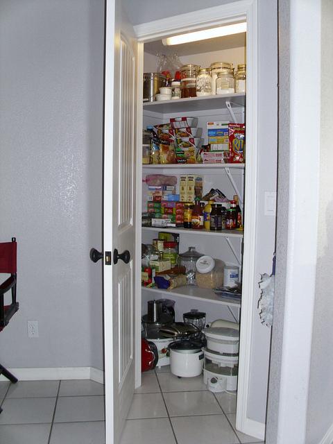 Utility kitchen pantry Photo - 8