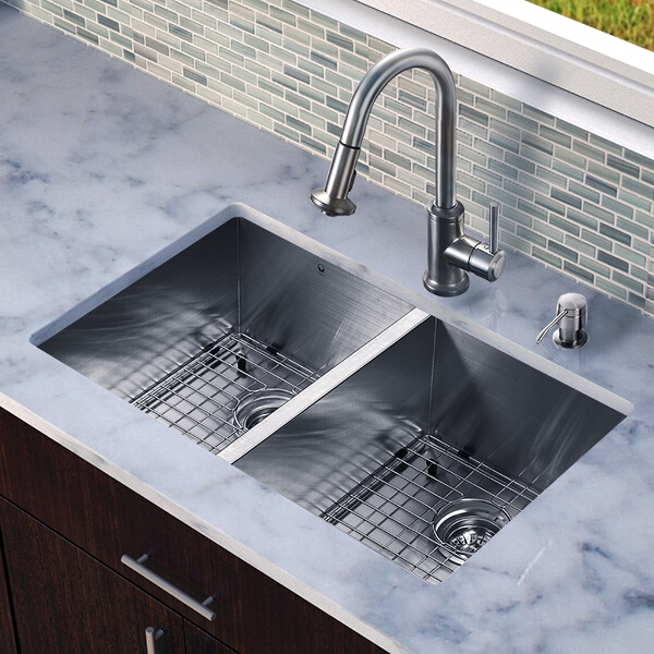 Vigo kitchen faucet Photo - 6