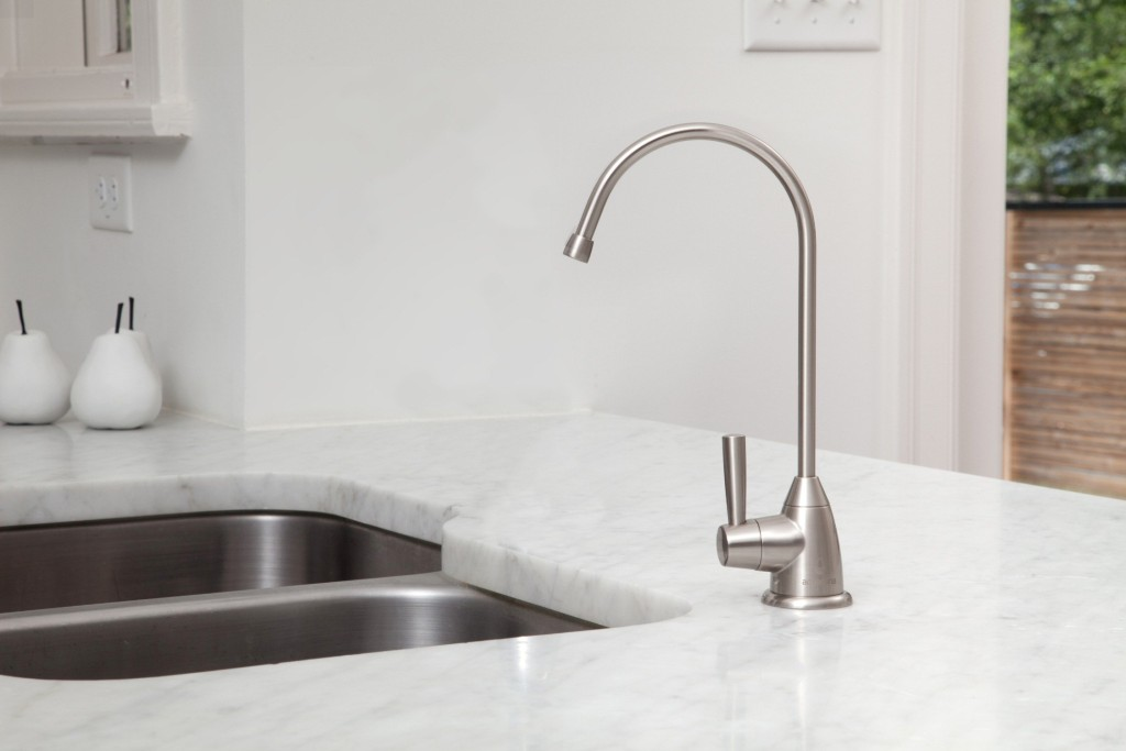 why do washerless faucet drip