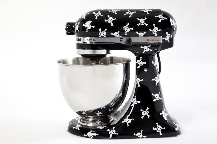 White kitchen aid mixer Photo - 8