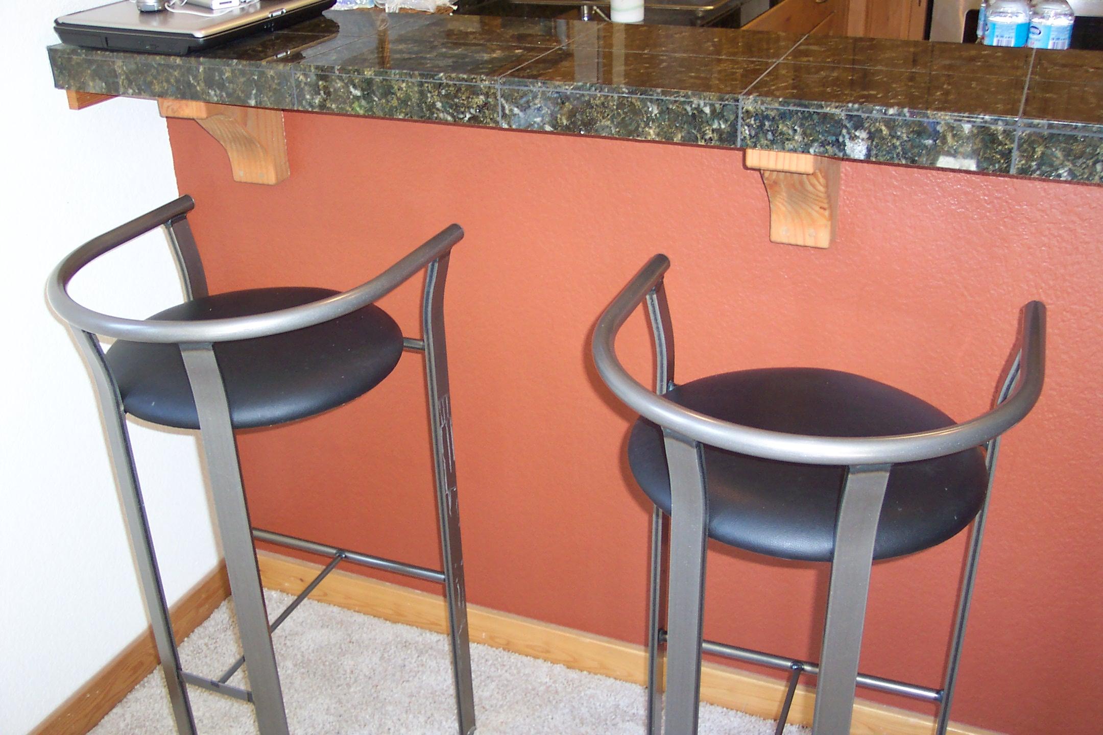 White kitchen bar stools Photo - 12