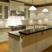 White kitchen buffet cabinet Photo - 1