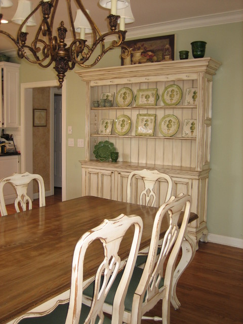 White kitchen buffet cabinet Photo - 9