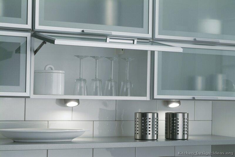 White kitchen buffet cabinet Photo - 3