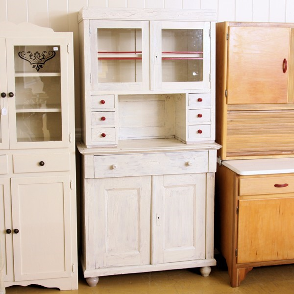 White kitchen hutch cabinet Photo - 8